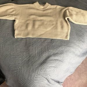 H&M Balloon Sleeve sweater from this season NWOT